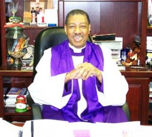 Sitting-bishop-with-backgro